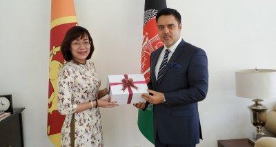 Vietnam's New Ambassador Calls on Ambassador Haidari: They Discuss Traditional Afghanistan-Vietnam Ties